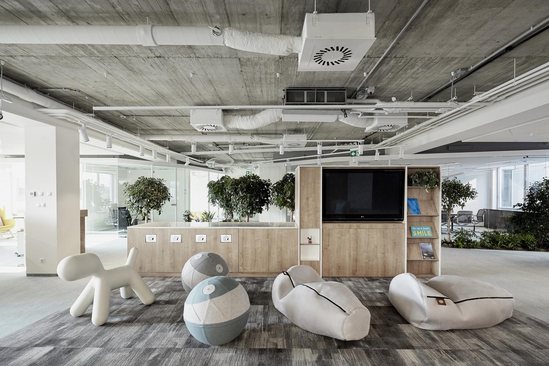 Skanska HQ Budapest / LAB5 architects