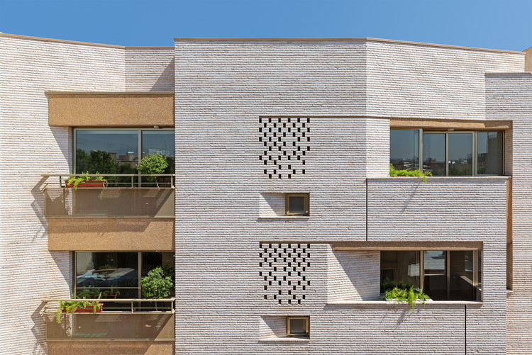 Malek Residential Building / Piramun Architectural Office, © Hossein Farahani