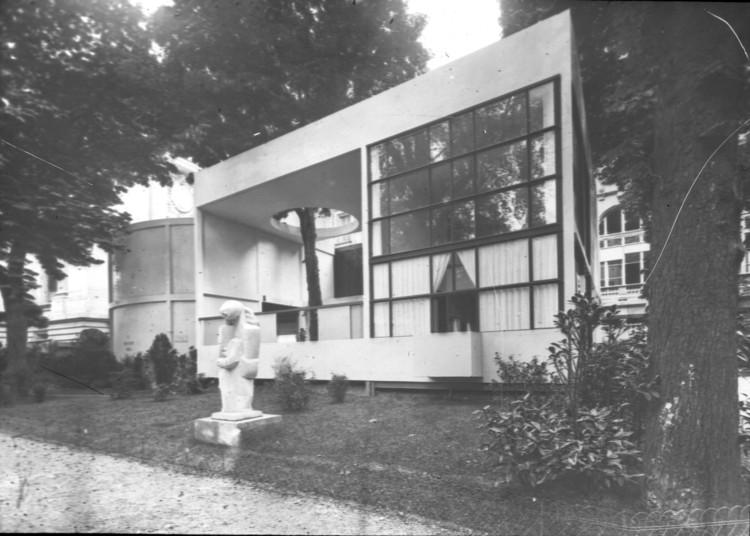 Le Corbusier's Pavillon de l'Esprit Nouveau Named One of