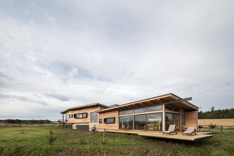 Casa SarahMarc / Pe+Br+Re arquitectos, © Nico Saieh