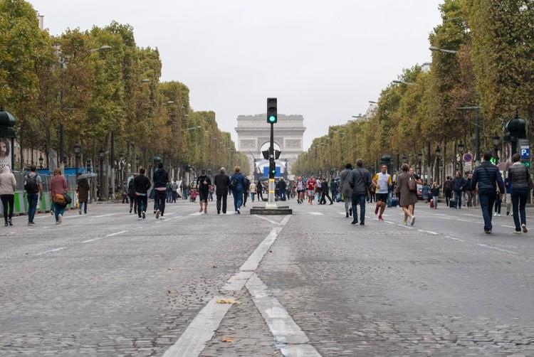 Paris quer sediar os Jogos Olímpicos de 2024 sem carros nas ruas, Último Dia sem Carro em Paris proibiu a circulação de veículos em toda a cidade. Foto: Laura Azeredo, via TheCityFix Brasil