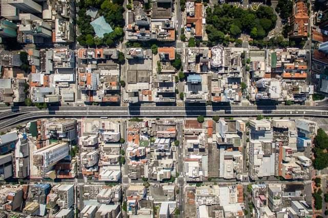 A proposta é fazer o parque em um trecho do elevado, da Praça Roosevelt ao Largo do Arouche. Foto: Associação Parque Minhocão.
