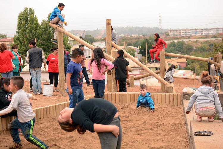 Desafío Fundación Mi Parque + Fundación Aldea + Junto al Barrio en Bienal 'Diálogos Impostergables', Fotografías Finales. Image Cortesía de Fundación Mi Parque + Fundación Aldea + Junto Al Barrio