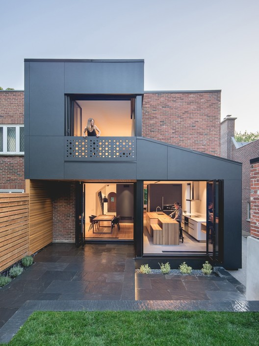 BLACK BOX II / Natalie Dionne Architecture, © Raphaël Thibodeau