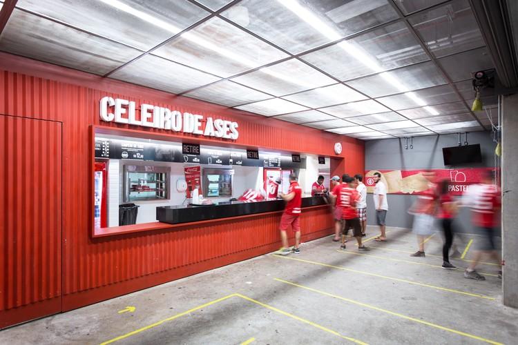 Celeiro de Ases  / 0E1 Arquitetos, © Marcelo Donadussi