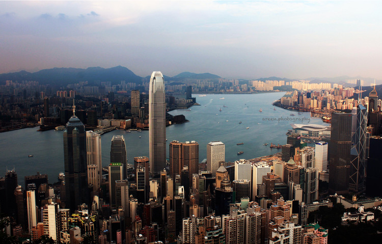 Extreme Cities: The Densest, Coldest, Remotest, Most Visited (etc) Human Settlements on Earth, Hong Kong (Public Domain)