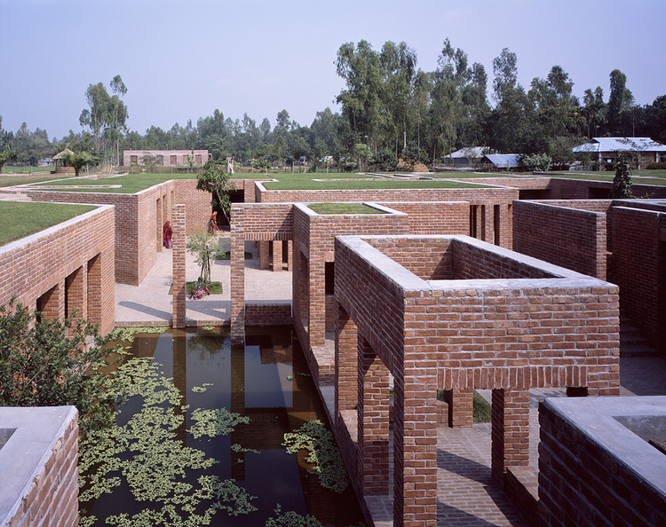 Hélène Binet Captures Kashef Chowdhury's Aga-Khan-Winning Friendship Centre in Bangladesh, © Hélène Binet