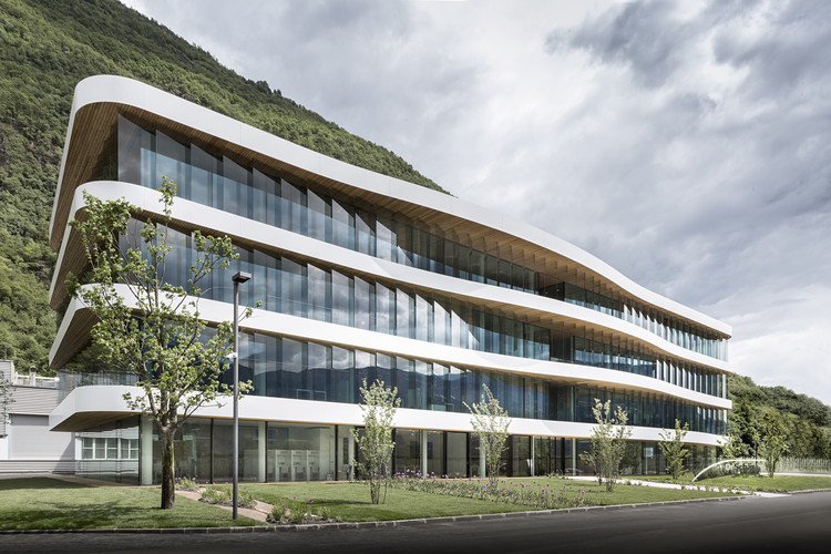 Schaer Headquarter / monovolume architecture + design, © Meraner Hauser
