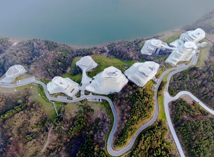 Pueblo de Montaña Huangshan / MAD Architects, © Shu He
