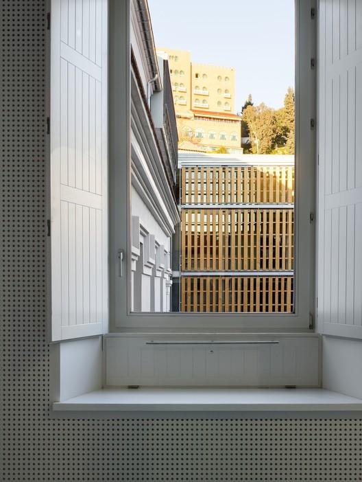 Escuela de Arquitectura de Granada / Víctor López Cotelo.. Image Cortesía de VII Premio de Arquitectura Ascensores Enor
