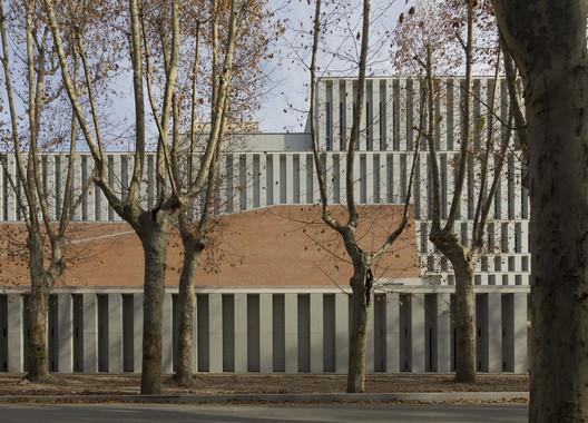 Museo de las Colecciones Reales / Mansilla y Tuñón Arquitectos.. Image Cortesía de VII Premio de Arquitectura Ascensores Enor