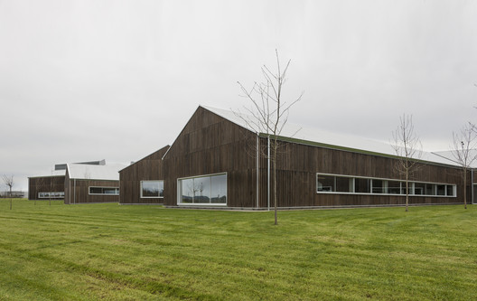 Edificio Norvento / Francisco Mangado.. Image Cortesía de VII Premio de Arquitectura Ascensores Enor