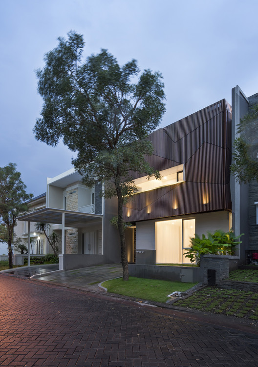 'S' HOUSE / Simple Projects Architecture, © Mansyur Hasan
