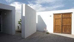 Villa Renovation CC / Matteo Foresti