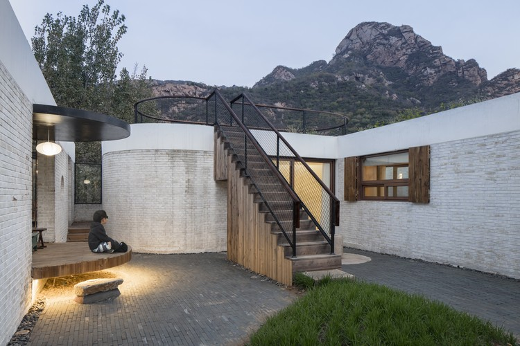 Yi She Mountain Inn / DL Atelier, © Haiting Sun