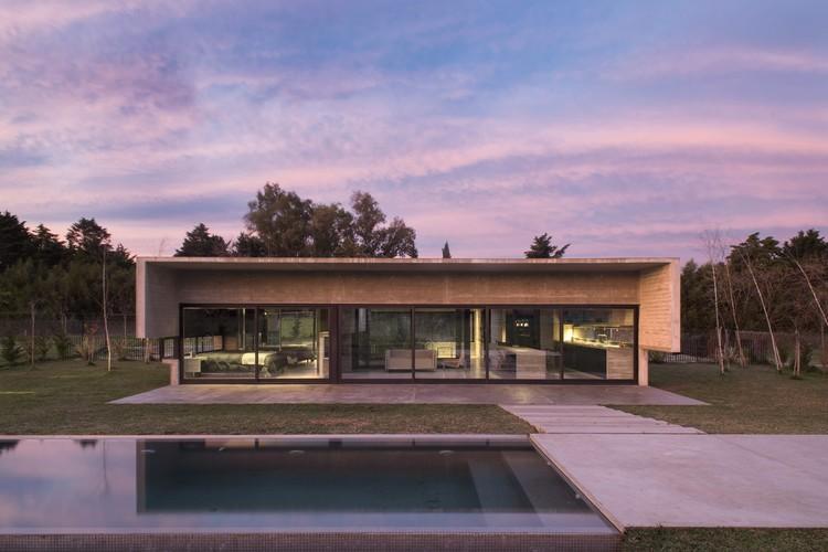 Residência MACH / Luciano Kruk, © Daniela Mac Adden /
