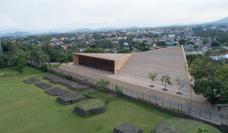 Teopanzolco Cultural Center  / Isaac Broid + PRODUCTORA, © Jaime Navarro