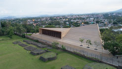Teopanzolco Cultural Center  / Isaac Broid + PRODUCTORA