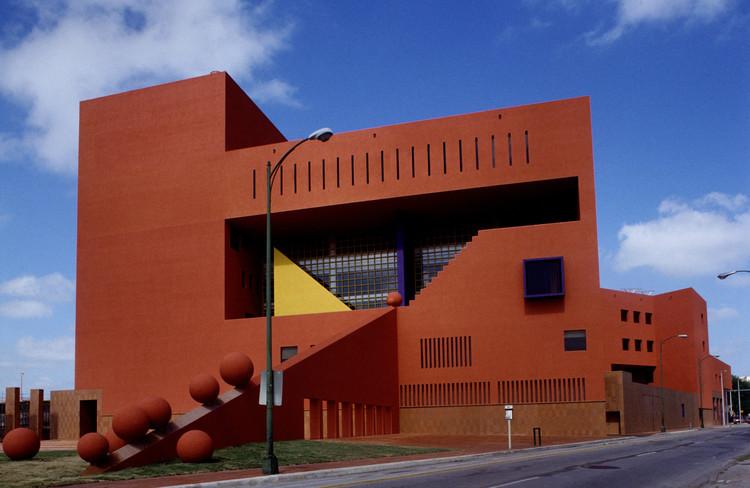 Victor legorreta 39 a veces los arquitectos se toman for En que consiste la arquitectura