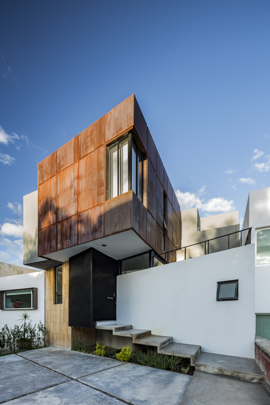 Studio House CHOI / Cubo Rojo Arquitectura, © César Béjar Studio