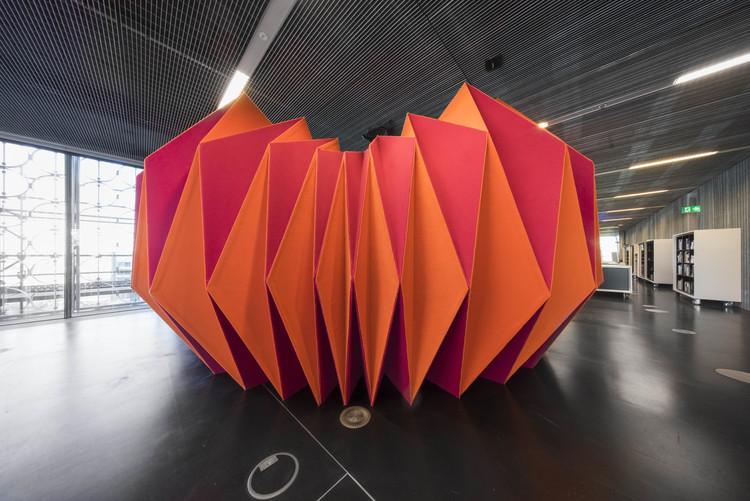 "Projeto ""PleatPod"" estuda formas de usar o tecido como elemento arquitetônico, Cortesia de ZILKA Studio"