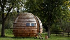 The Escape Pod / Podmakers