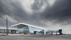 West Terminal 2 / PES-Architects