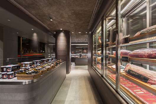 Retail Winner: ROU by T HAM Concept Store; Taipei, Taiwan / WZWX Architecture Group. Image Courtesy of World Architecture Festival