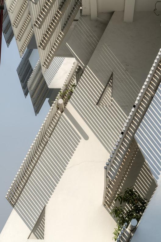 Intiland Tower. Image © Darren Soh