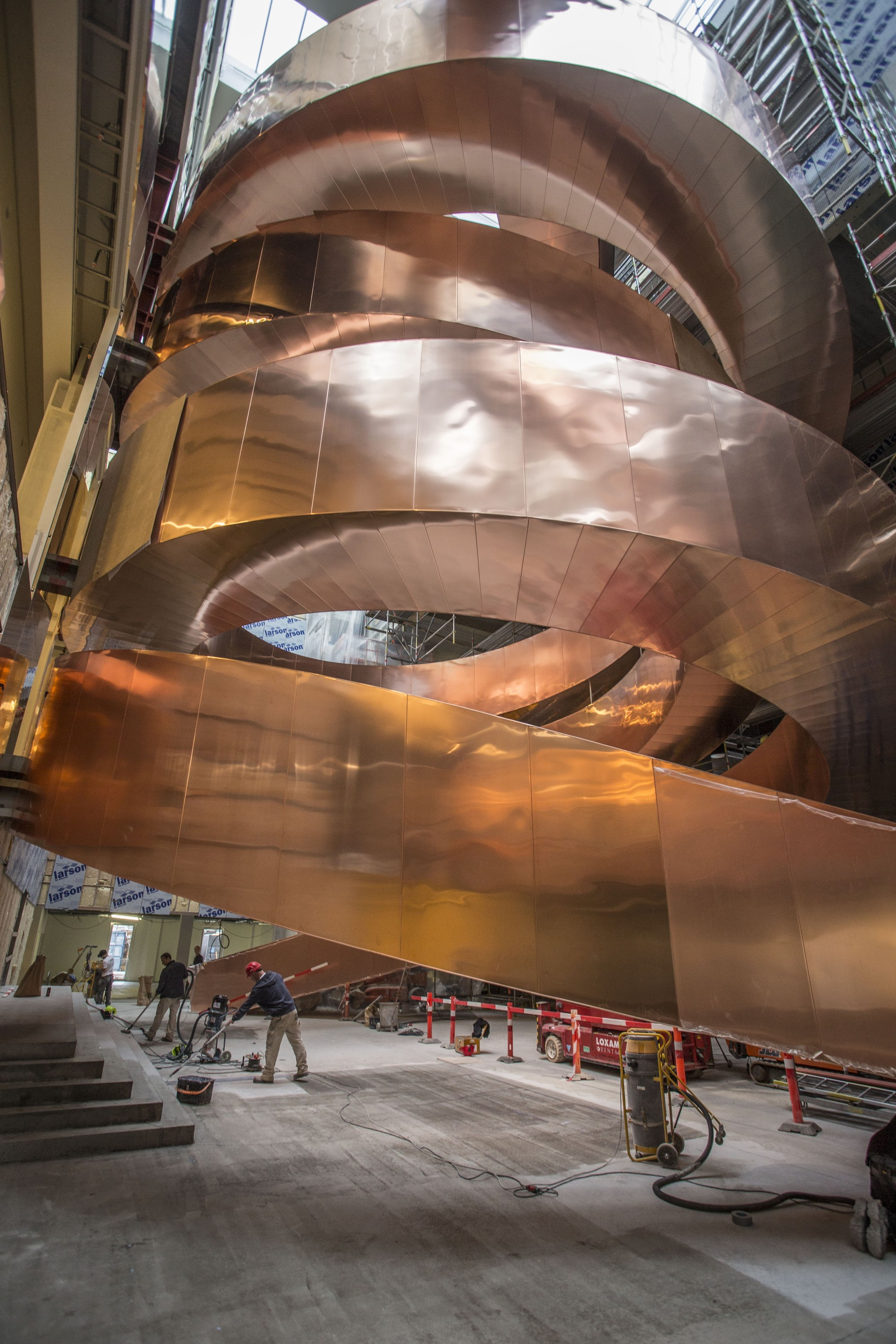 Cebra S Spiral Staircase Floats Weightlessly With 10 Tons