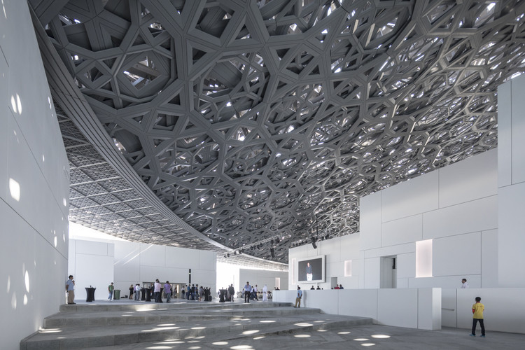 Critical Round-Up: The Louvre Abu Dhabi by Jean Nouvel, © Laurian Ghinitoiu