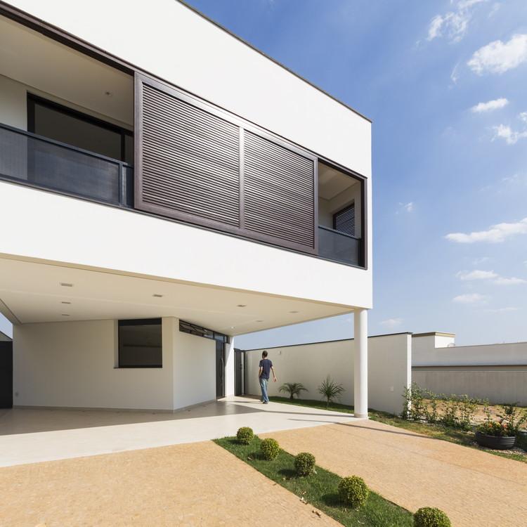 DBP House / Vertentes Arquitetura