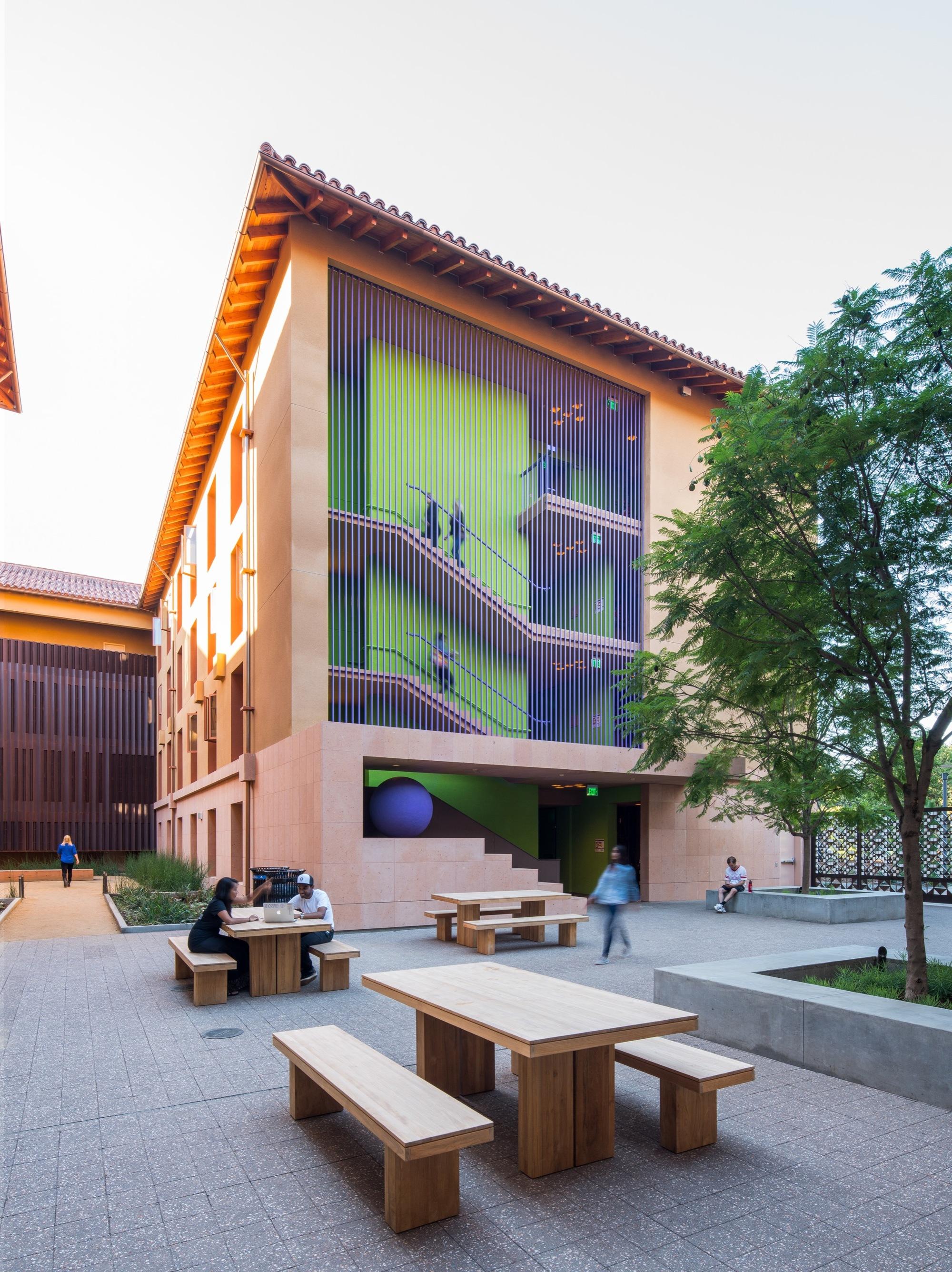 Legorreta Oficina Plataforma Arquitectura # Muebles Ricardo Montes