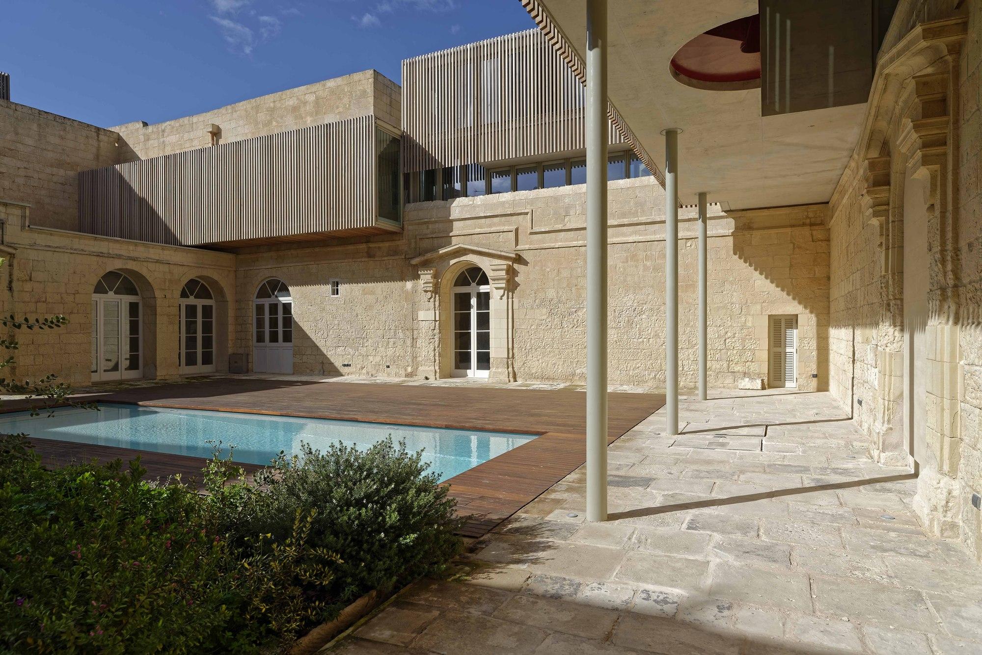 Gallery of villa castro architecture project jens for Castro architecte