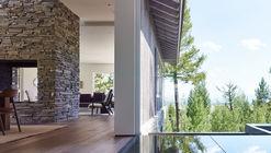Granite Ridge / DYNIA ARCHITECTS