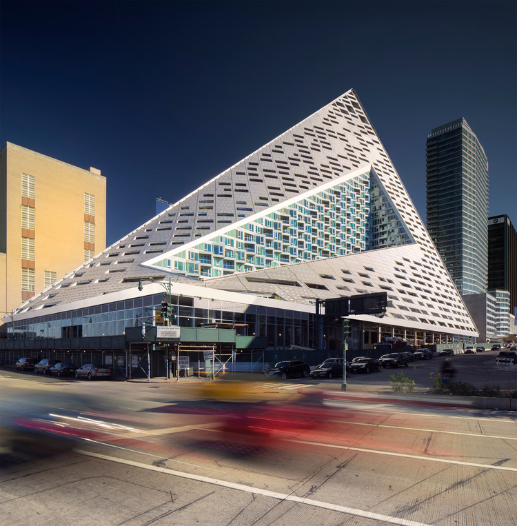 La marca de arquitectura, el arquitecto como marca, VIA 57 West / BIG. Image © Nic Lehoux