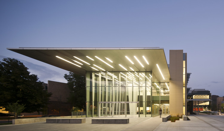 Marquez Hall at Colorado School of Mines / Bohlin Cywinski Jackson + Anderson Mason Dale Architects, © Nic Lehoux