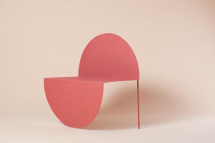 """""""La Redonda"""", la delicada transformación de un círculo a una silla , © Denise Cárabez y Melisa Ramírez"""