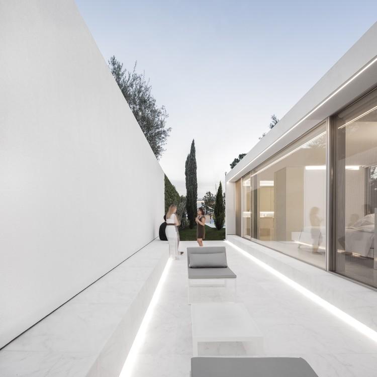 Pabellón de Invitados / Fran Silvestre Arquitectos, © Fernando Guerra |  FG + SG