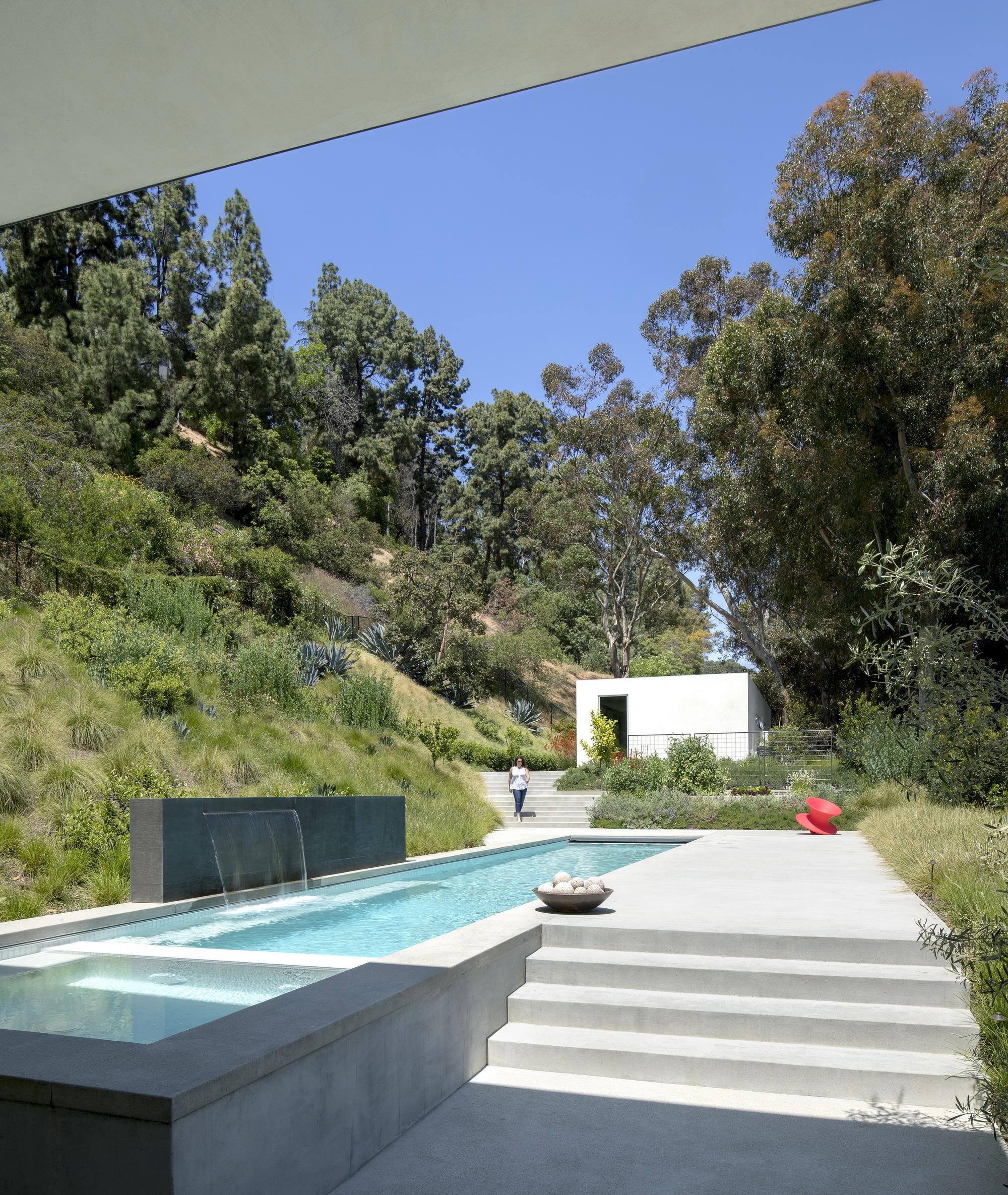 Galeria de desfiladeiro coldwater ehrlich yanai rhee - Limposante residence contemporaine de ehrlich architects ...