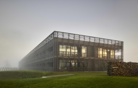 Hotel & Spa Seezeitlodge / Graft Architects