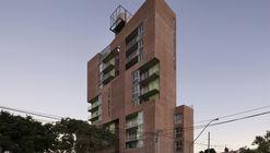Residencial Güemes / CBAyA