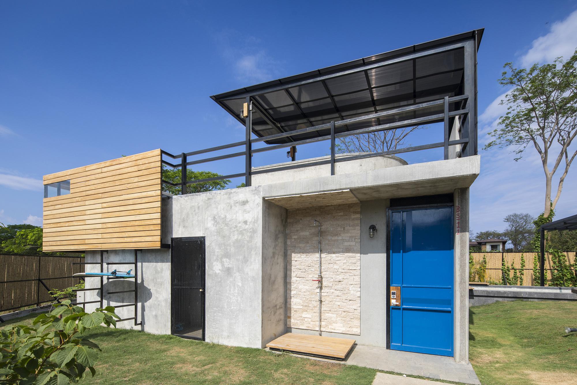 Galeria de casa porta amarela nihu arquitectos 5 for Arquitectos para casas