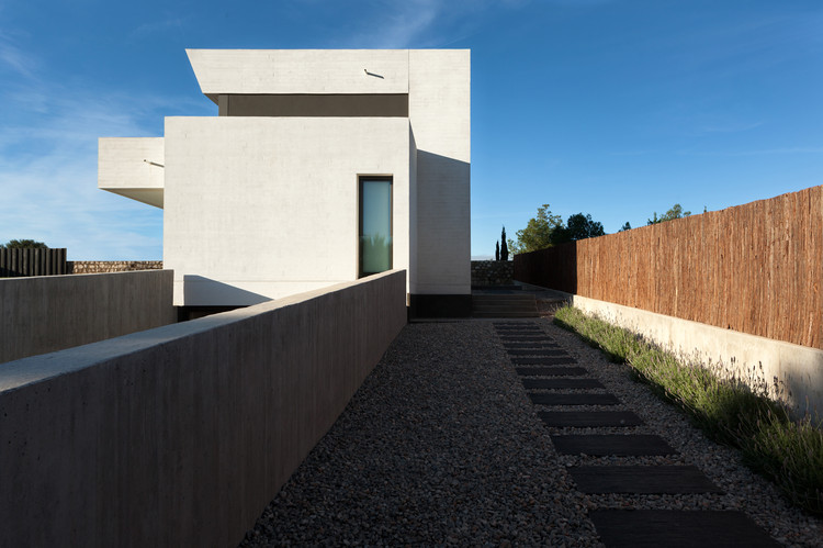 Casa Santa Barbara 49 / Mano de Santo – Equipo de Arquitectura, © Diego Opazo