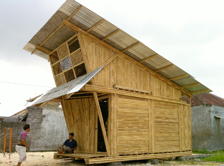 Casas Pemulung / IBUKU, Cortesia de IBUKU