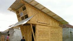 Pemulung House / IBUKU