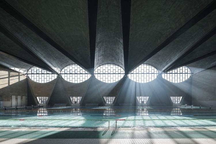 Terrence Zhang gana el Arcaid Award 2017 a la mejor imagen de arquitectura del mundo, Gimnasio del nuevo campus de la Universidad Tianjin en China / Atelier Li Xinggang. Image © Terrence Zhang