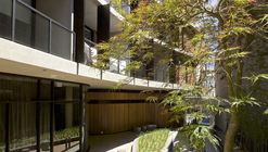 Wave Apartments / Benson McCormack Architects