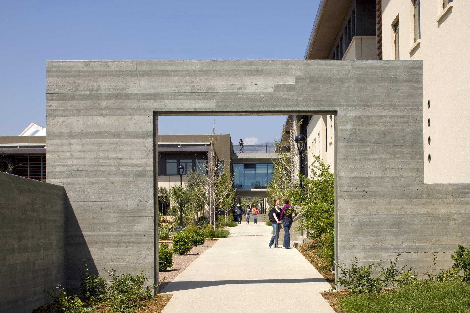 Pomona College Student Housing Ehrlich Yanai Rhee Chaney