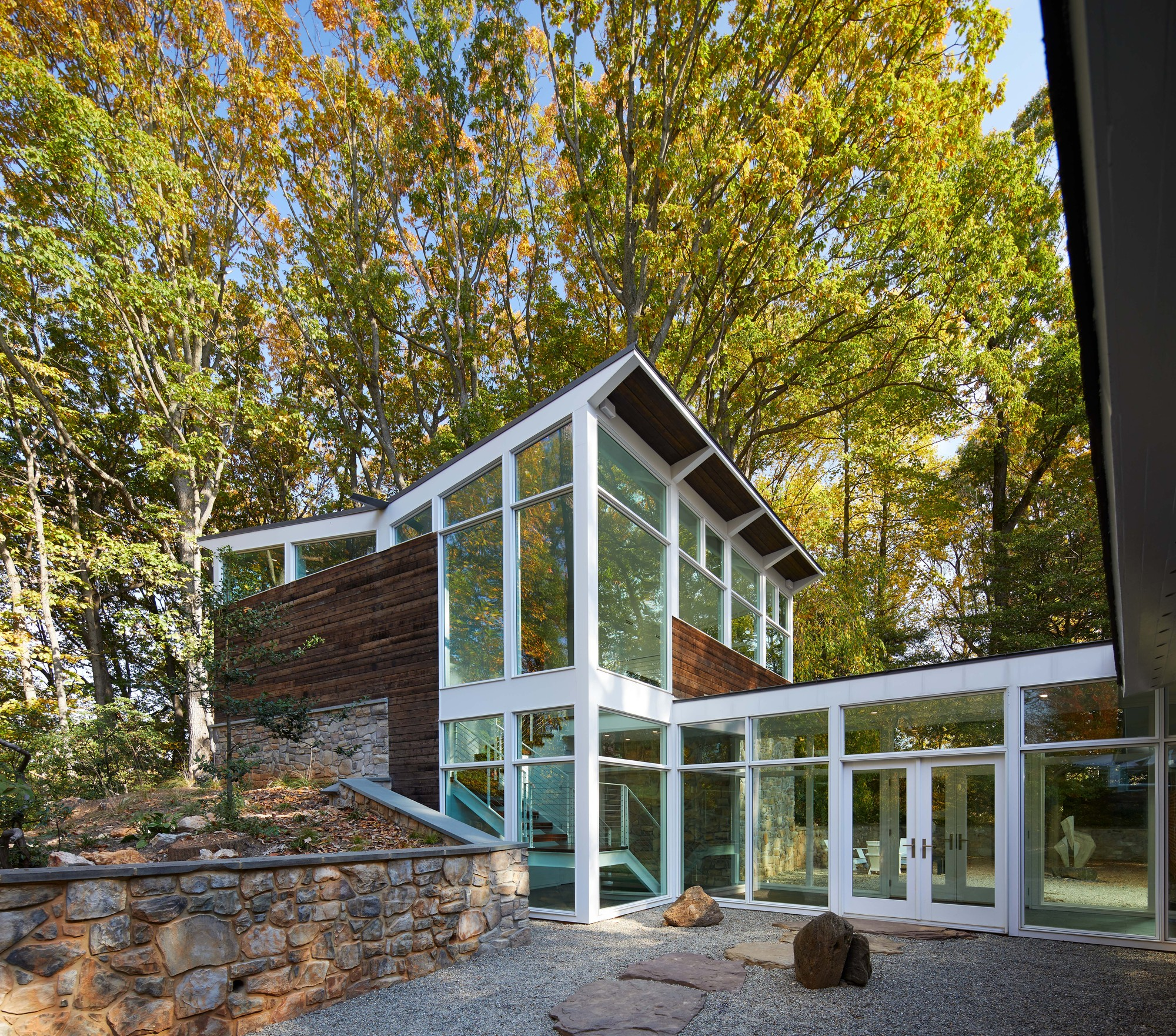 Mid Century Modern Residence / Studio Twenty Seven